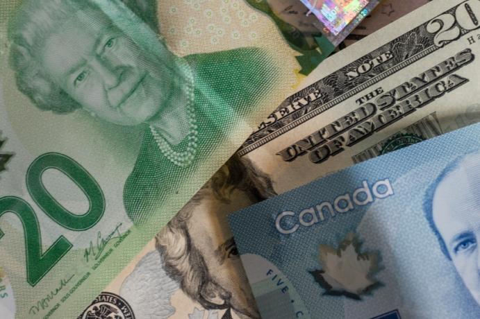Cambio de divisas cambio de moneda (Ethan McArthur Unsplash)